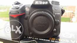 Nikon d7000 .Shutter 11k only .and 2batteres .للجاديين فقط
