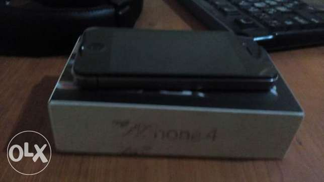 Used iphone 4 sale 1000 le For sale