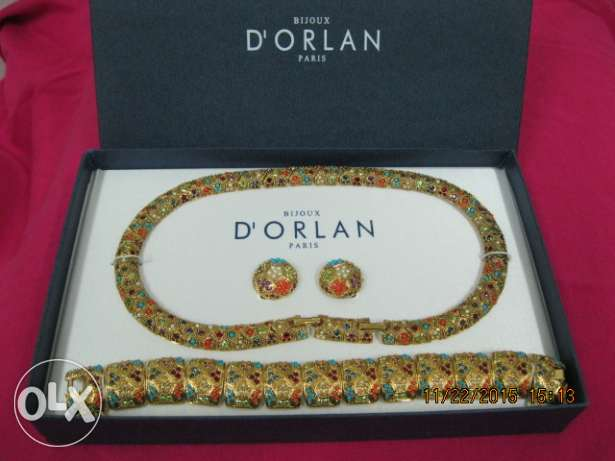 22 K Gold Plated set -- D'orlan paris -- made in canada
