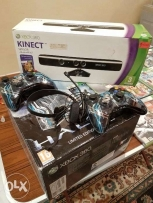 Xbox 360, 320 GB, Limited edition,with kinect and 19 original games