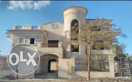 Villa for sale in beverly hills semi finished
