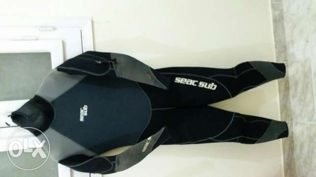 Diving semi Dry suit seac sub. بدلةغوص