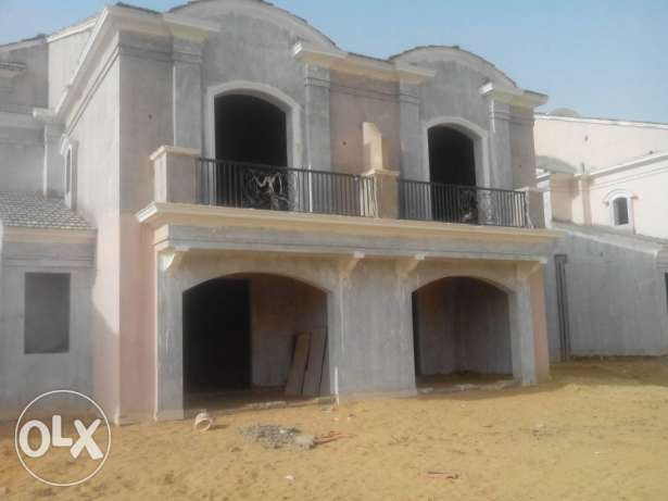 Twin house for sale in layan sabour new cairo
