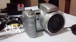 Sony Semi Pro Digital Camera Cyber-shot DSC-H7