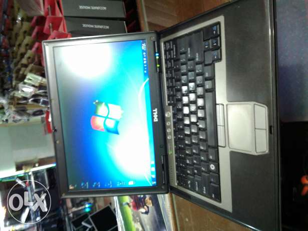 Core2duo 2/2- ram 1.5gb-dvdrw-hdd 80 SATA-vga intel 512-wifi-bt-4usb