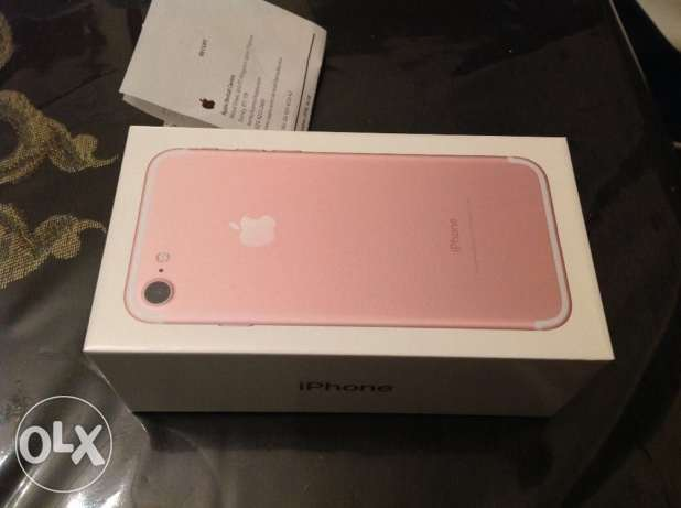 iphone 7 128GB rose gold مدينة نصر -  1