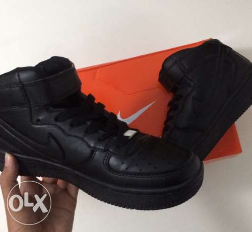 Nike Air Force (AF-1) [Black]