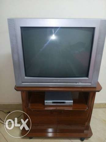 "(2*29"") +(26"")tv's with receiver and table"