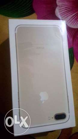 I phone 7 plus gold 128