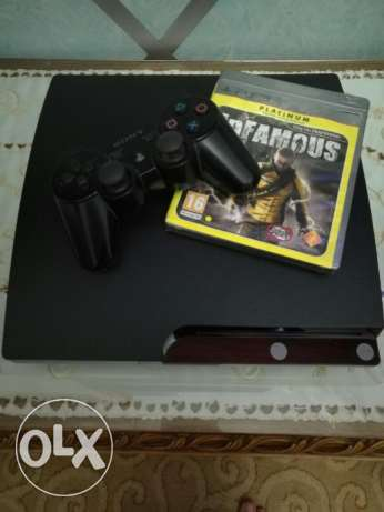 Playstation 3 + Infamous 1 + Fifa 11