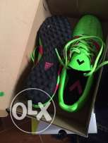 selling soccer shoes TF version