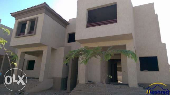 Town House Corner for sale in Telal El Guezira ElSheikh Zayed الشيخ زايد -  2