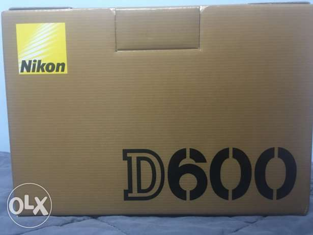 Nikon D600 Brand new ZERO condition 2nd Generation same D610