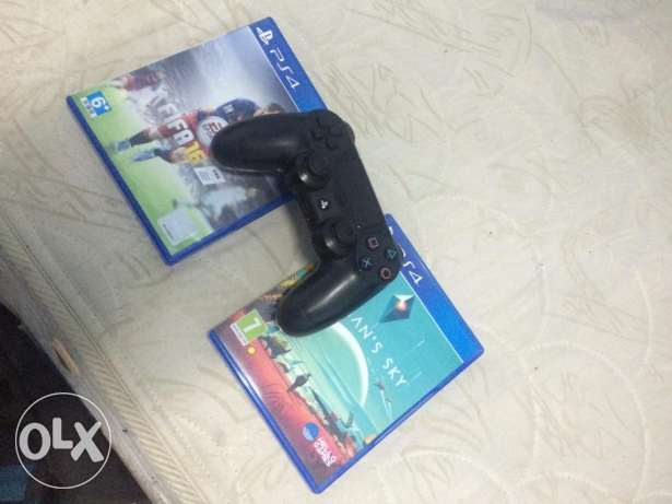 playstation 4 1 tera with ps plus for a year and 2 games 6 أكتوبر -  2