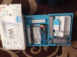 جهاز nintendo wii للبيع + wii fit .. nintendo wii for sale + wii fit