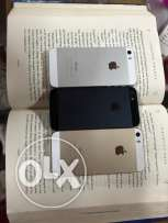 3 iphone 5s for sale (gold'silver'black)