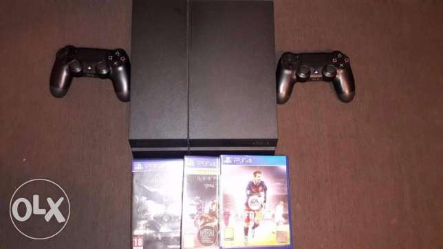 PlayStation 4 Sony for Sale - PS4 حدائق الاهرام -  1