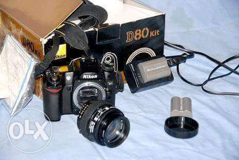 For sell Nikon D80 w lens 70-35mm w shutr 6k حدائق القبة -  1