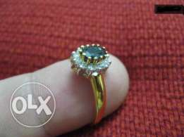Diamond Ring & 18K Gold --- Made in Holland