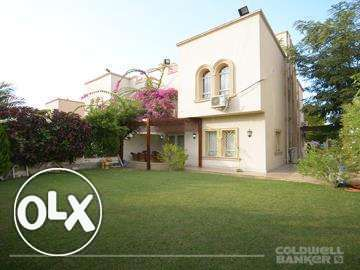 Twin-house located in 6 October for Rent 303 m2, 3 bathrooms, 3 bedroo