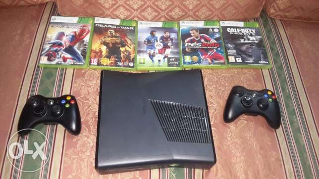 Xbox 360 console with 2joistik and 5games original الإسكندرية -  2