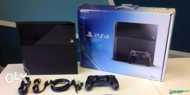 Ps4 500gb black with box