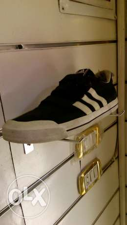 Adidas shoes original size 45.1/3 اندونيسي