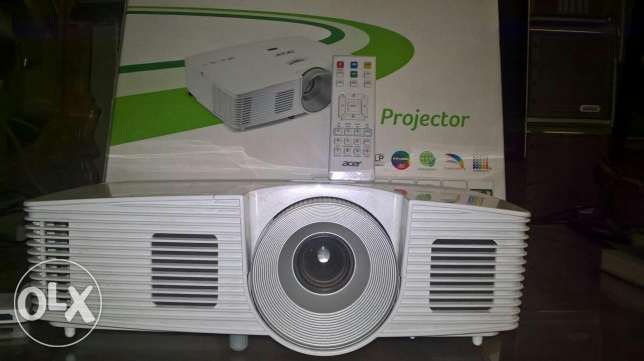 Acer H5380BD 720p Home Theater projector وسط القاهرة -  1
