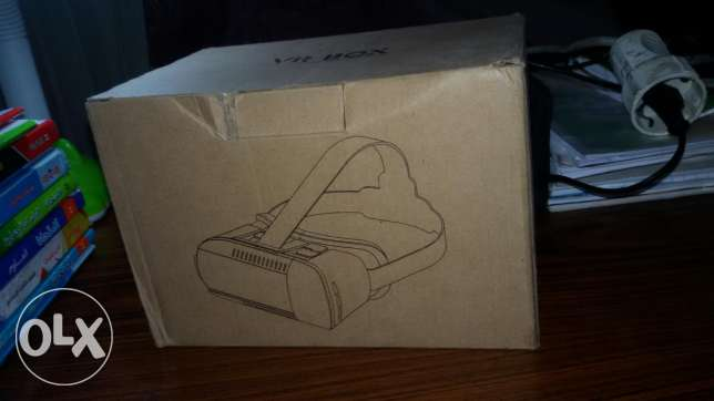 Vr box with remote للاندرويد وios