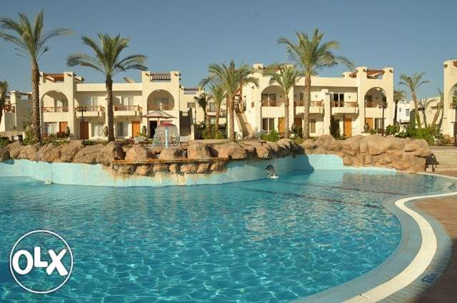 With magical pool view 1 bedroom with furniture in Sunny Lakes