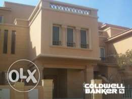 Townhouse located in New Cairo for sale 310 m2, Bellagio