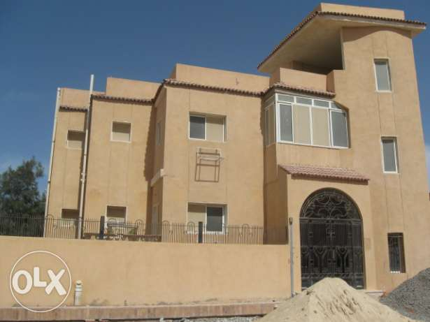 Villa in Magawish. Total land 400 sqm, building 240 sqm, 3 fl + roof