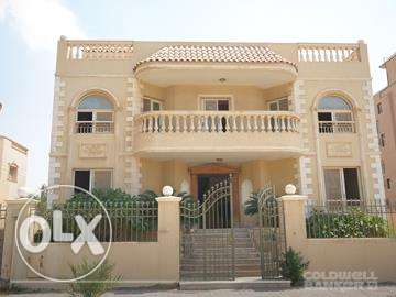 Villa located in 6 October for sale 700 m2,