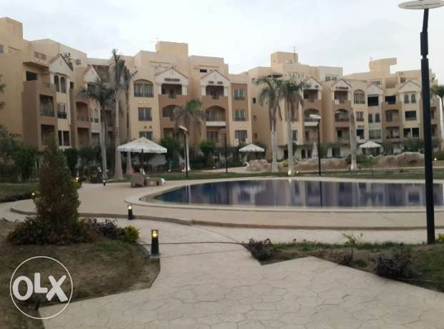 Appartment for sale at Highland park compound