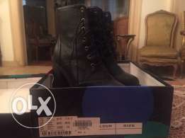 Brand new Black boots size 39 fits 38