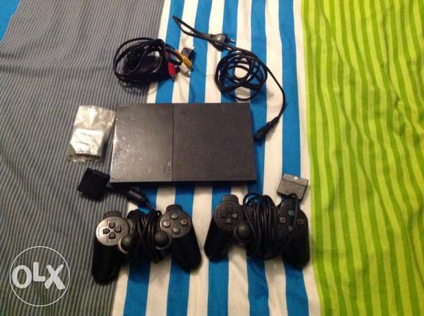 PlayStation 2 great condition two controllers