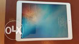 Ipad Air 16GB -LIKE NEW