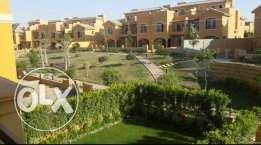 exclusive town house at dyar park