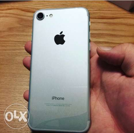 iPhone 7 silver 32g like zerooo مدينة نصر -  1