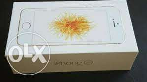Brand new sealed box iphone se 64gb silver rose and gold