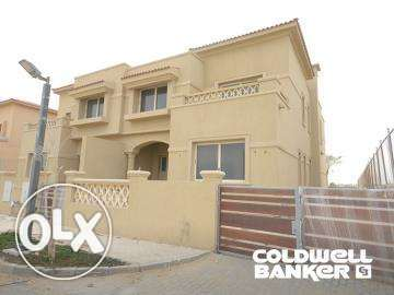 Villa located in 6 October for sale 570 m2, Palm Hills Golf Veiw