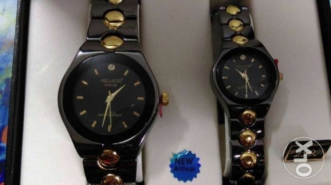 Couple water resistance watches for her and his طقم ساعات