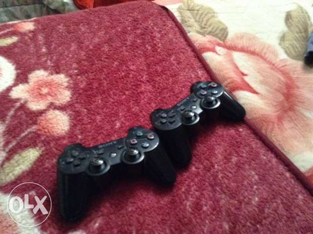 selling 2 controllers for playstation 3 used or trade