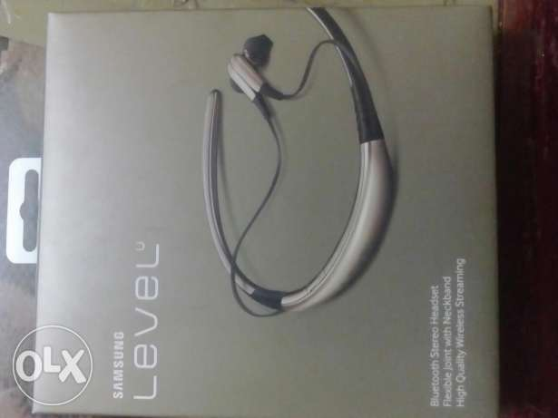 Bluetooth headset Samsung level U