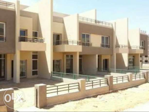Town house in the square compound sabbourتاون هاوس التجمع الخامس -  1