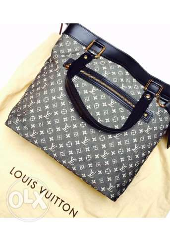LV as new!