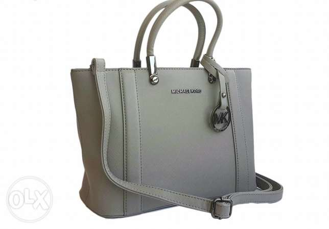 micheal kors bag same color available for immediate purchase