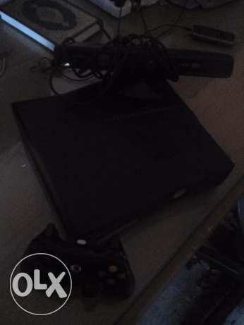 Xbox 360+ 320GB HDD+kinect with gold live account !!
