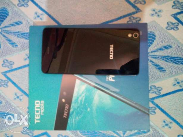 Tecno phantom z mini للبيع 1700