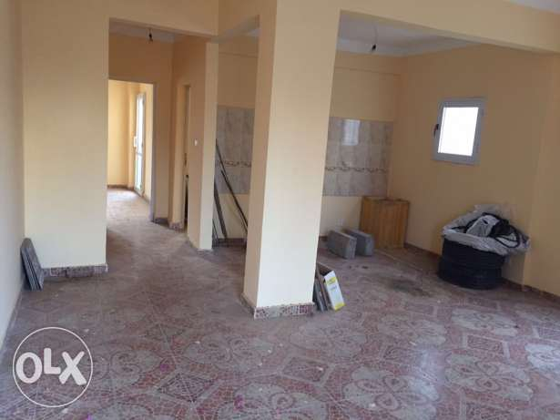 nice location closed to the beach and hotels Mobark 6 الغردقة -  3